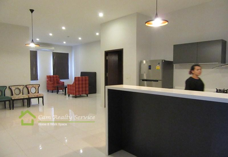 North Of Independence Monument Area| Western Style 2 Bedrooms Serviced Apartment Available For Rent| 2250$/Month(Negotiable)