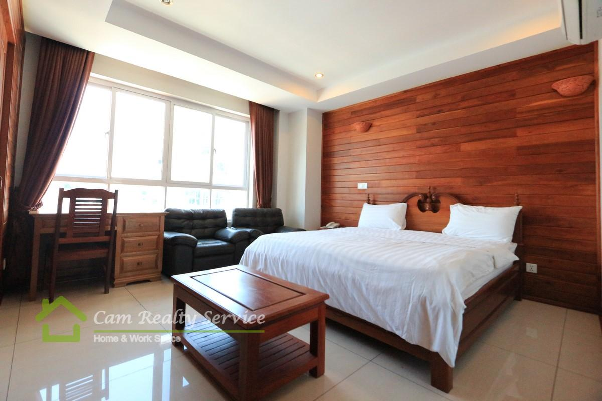 BKK3 area| Very nice wooden designed 1 bedroom serviced apartment for rent|550$/month up| Pool & gym