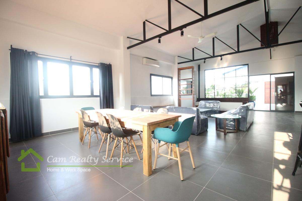 Central Market| Modern spacious 4 bedrooms penthouse for rent| 2500$/month
