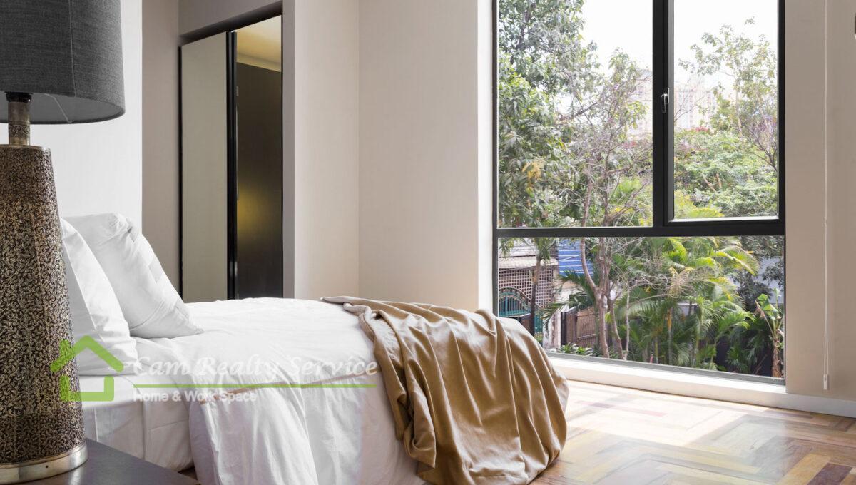 front-bedroom-single-storey-condo-habitat-phnom-penh