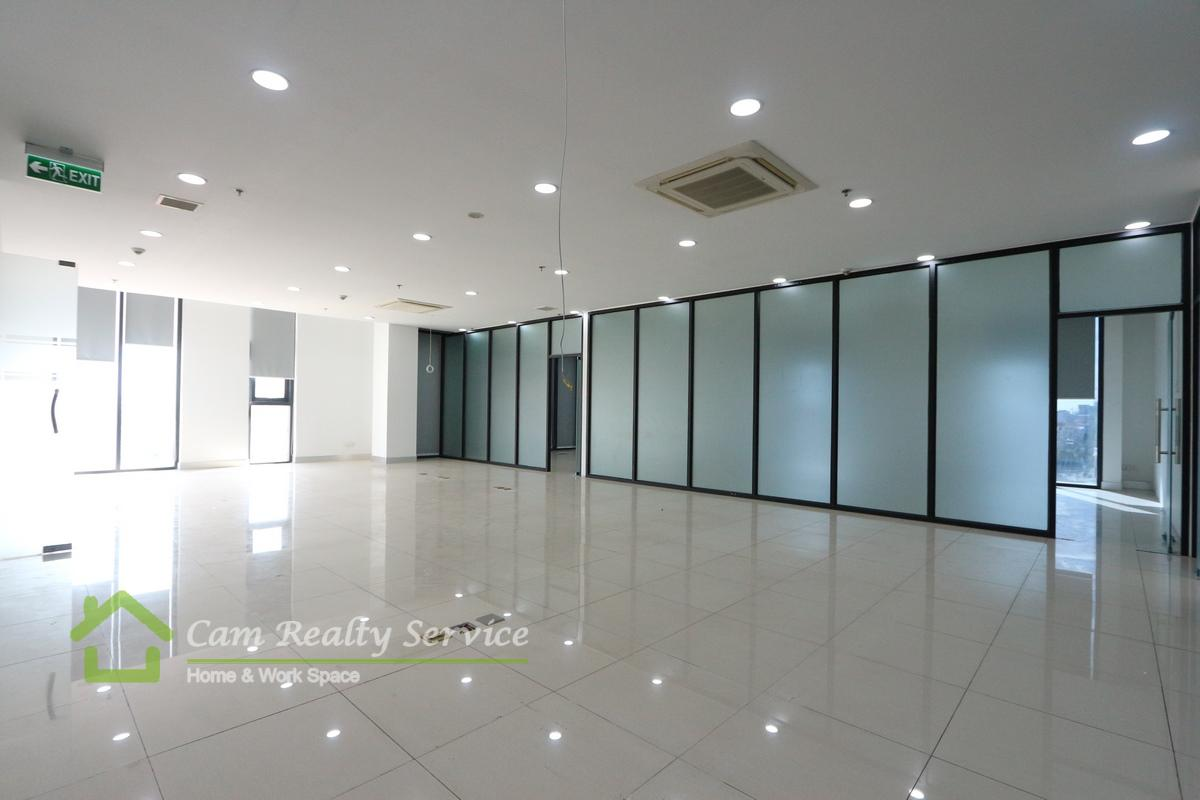 Toul Kork area| Office space in commercial building available for rent 16$/sqm